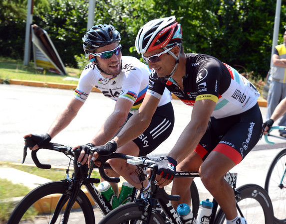 Mark Cavendish is happily talking shop with rival Daniele Bennati...