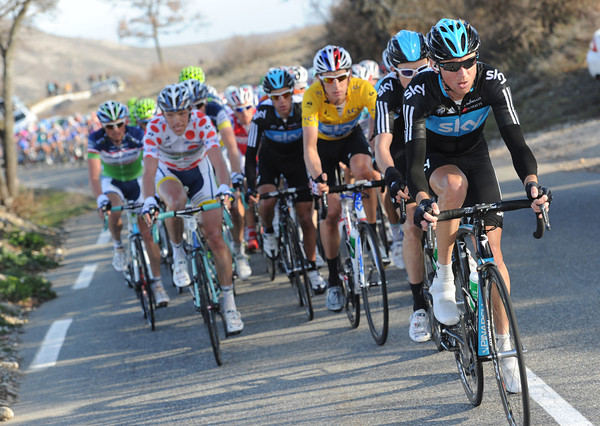Team Sky are keeping the pace decent, but there's still an eleven-minute gap as the Col de Vence begins...