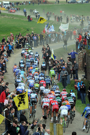 The peloton is just 20-seconds back at Orchies...