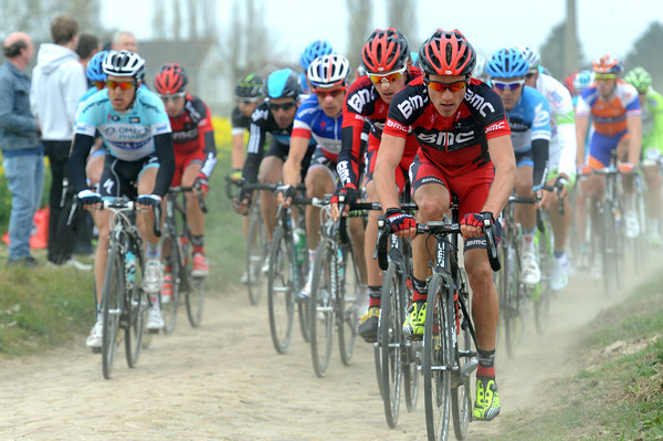The head of the peloton hasn't changed much - BMC are still chasing...