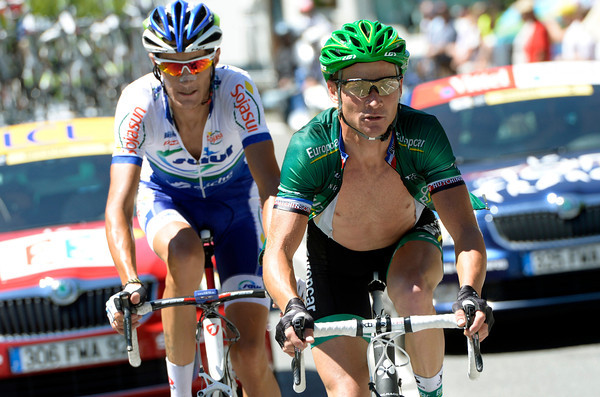 Voeckler and Feillu are well away on the Col de Peyresourde - but Voeckler will soon ride away alone...