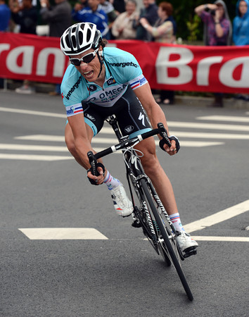 Sylvain Chavanel has attacked from the peloton and starts the descent to Boulogne...