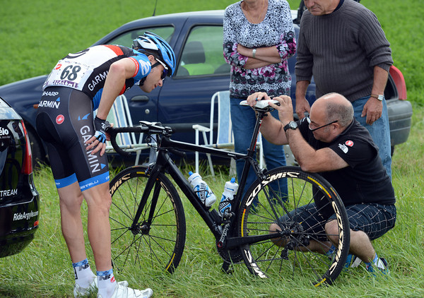 Christian Vande Velde needs his bike checked after that fall...