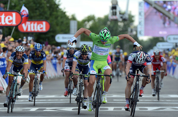 Peter Sagan wins stage six ahead of Greipel and Goss to re-inforce his lead in the Points competition...