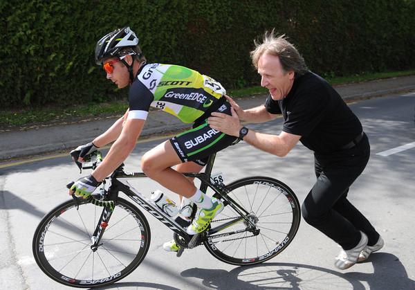 Vittorio Algeri comes to Meier's rescue with a big push...