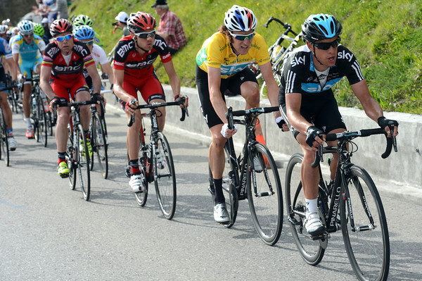Richie Porte is pacing Wiggins now, but look at Cadel Evans in fourth wheel...