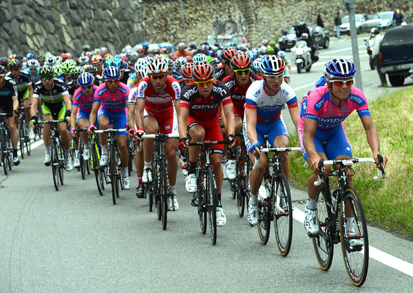 Davide Vigano sets the pre-climbing pace for Lampre, but it's not clear who their climber will be yet...