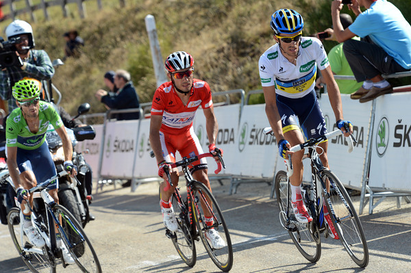 Contador leads Rodriguez and Valverde as the final climb begins...