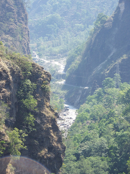0644 - Scenery along Araniko Highway in Nepal Between Kodari and Katmandu - Nepal.JPG