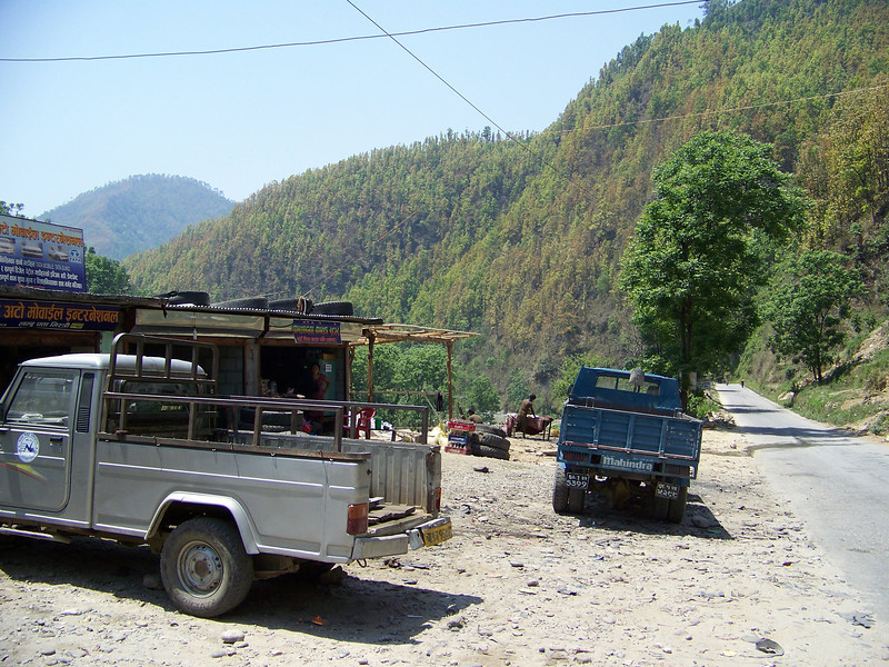 0660 - Road in front of the River View Restaurant overlooking the Bhote Koshi River - Andheri Shidhupalchowk Nepal.JPG