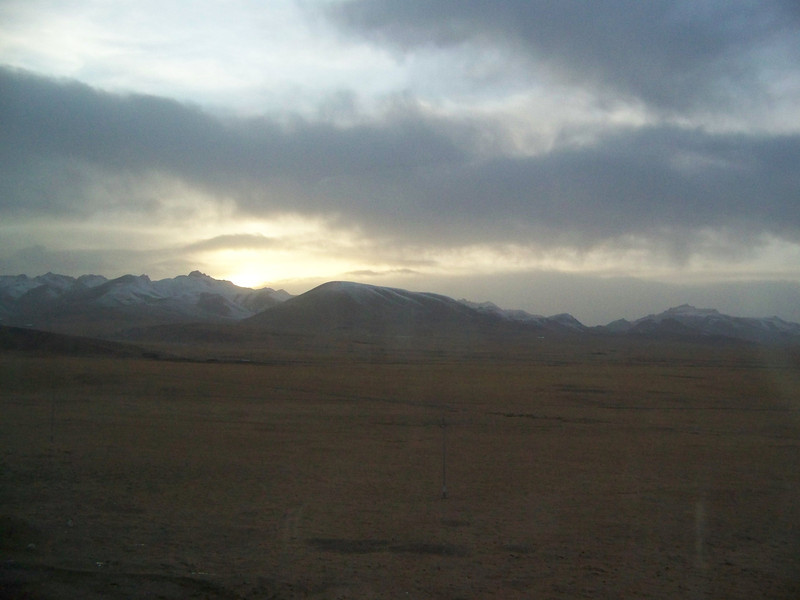 0091 - Scenery on Train Trip Between Beijing and Lhasa.JPG