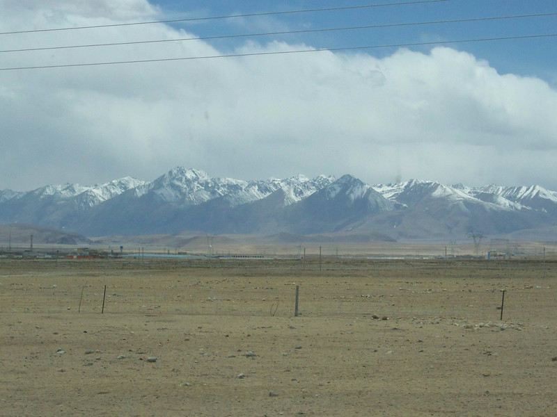 0122 - Scenery on Train Trip Between Beijing and Lhasa.JPG