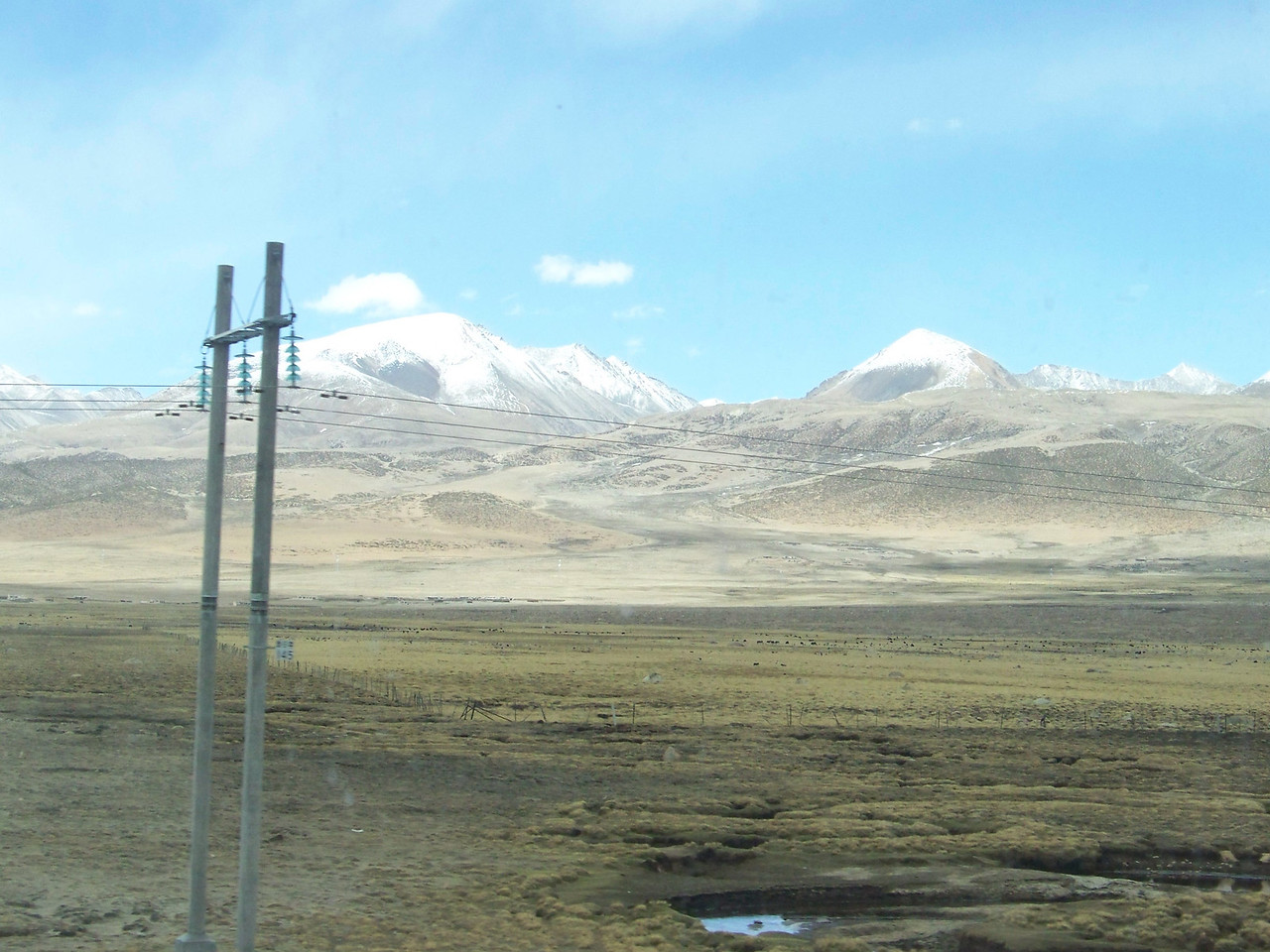 0117 - Scenery on Train Trip Between Beijing and Lhasa.JPG