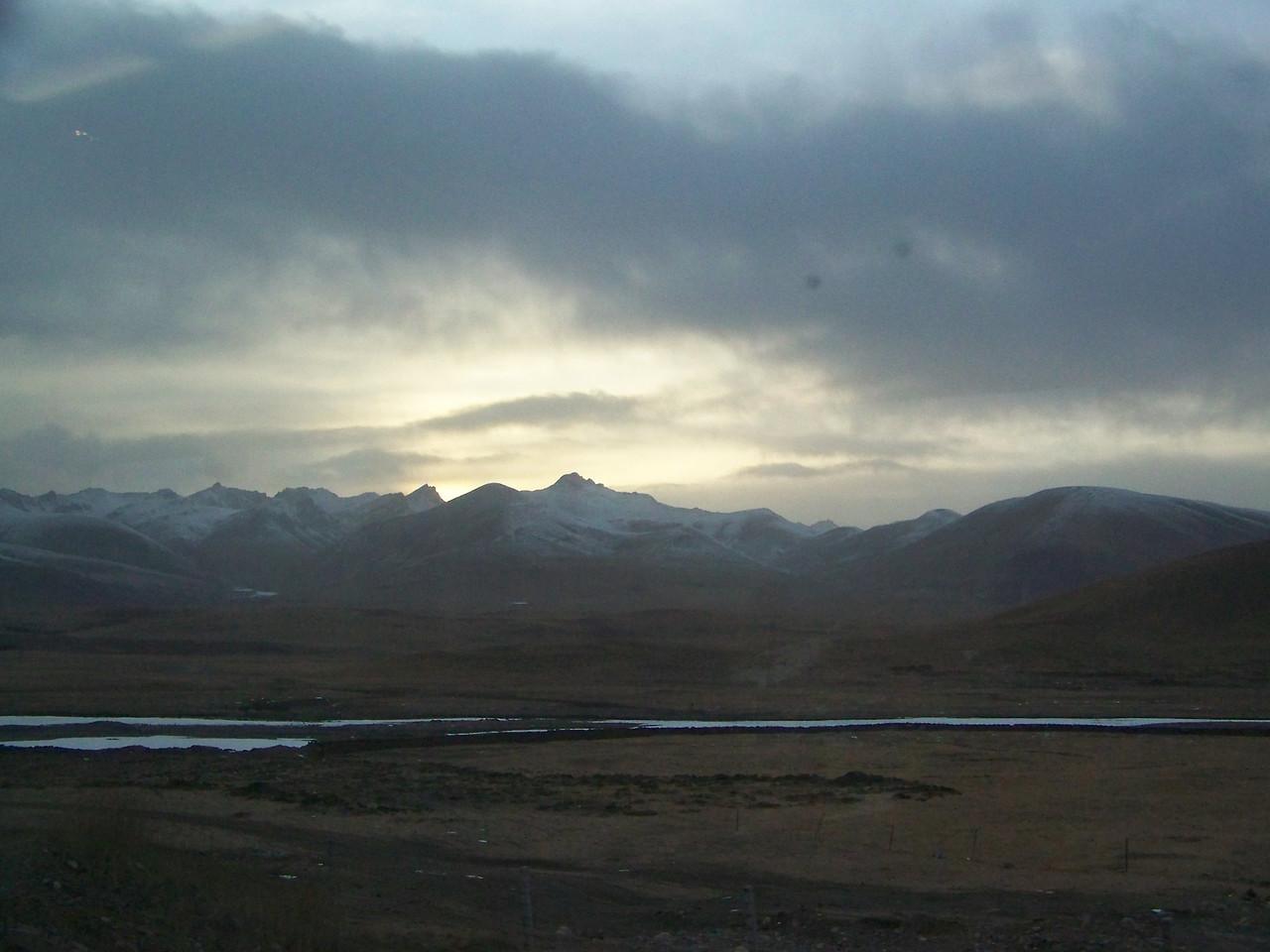 0096 - Scenery on Train Trip Between Beijing and Lhasa.JPG