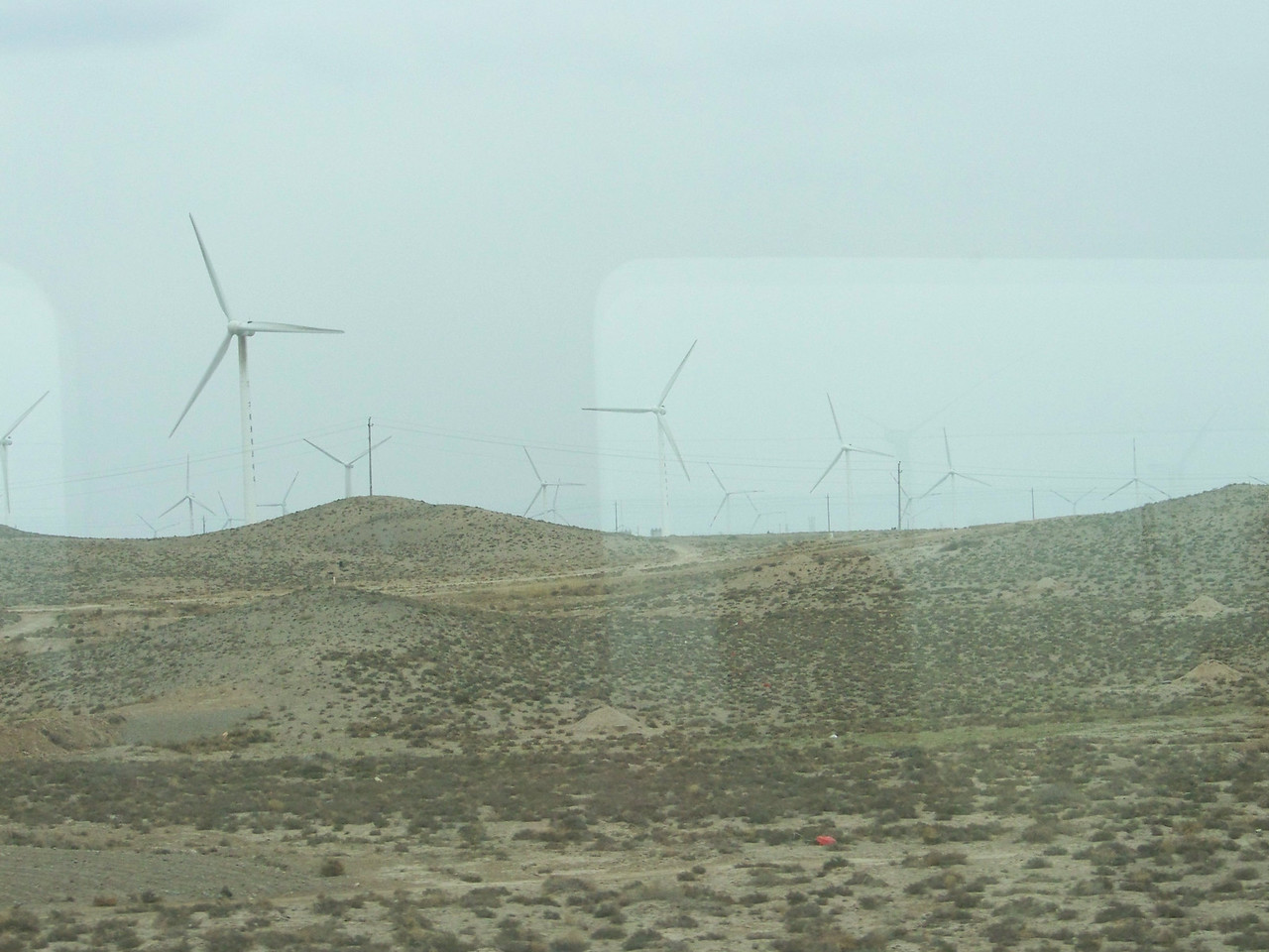 0082 - Wind Farm on Train Trip Between Beijing and Lhasa.JPG