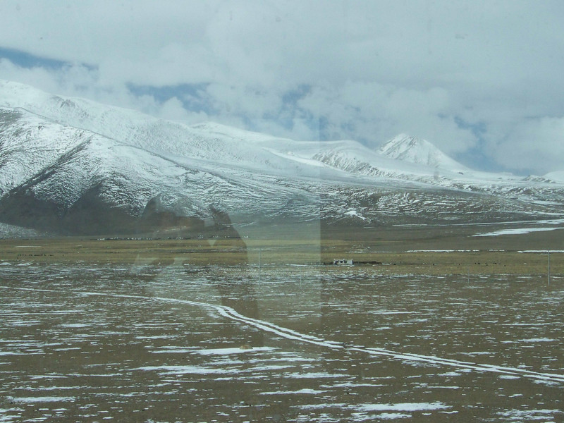 0112 - Scenery on Train Trip Between Beijing and Lhasa.JPG
