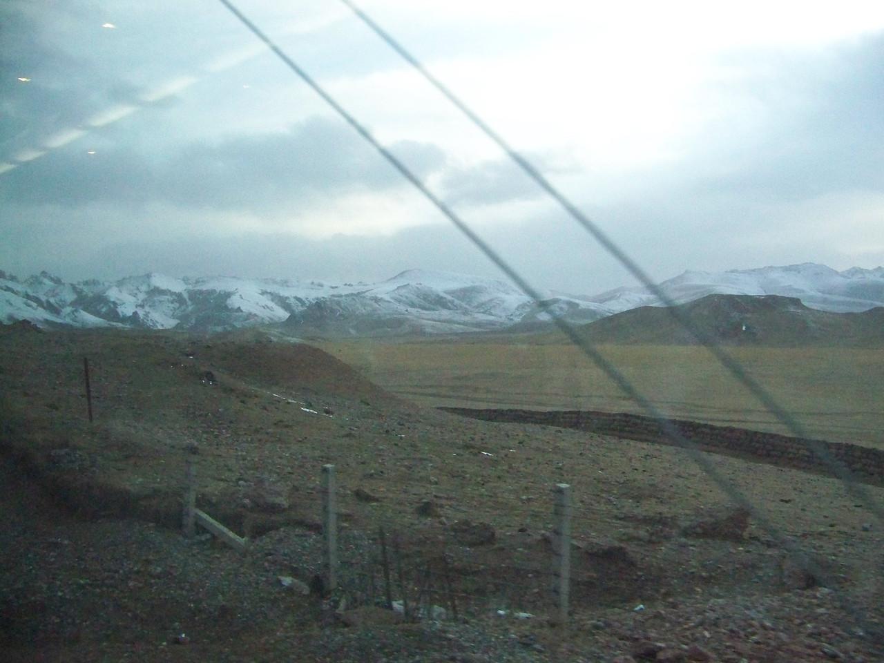 0093 - Scenery on Train Trip Between Beijing and Lhasa.JPG