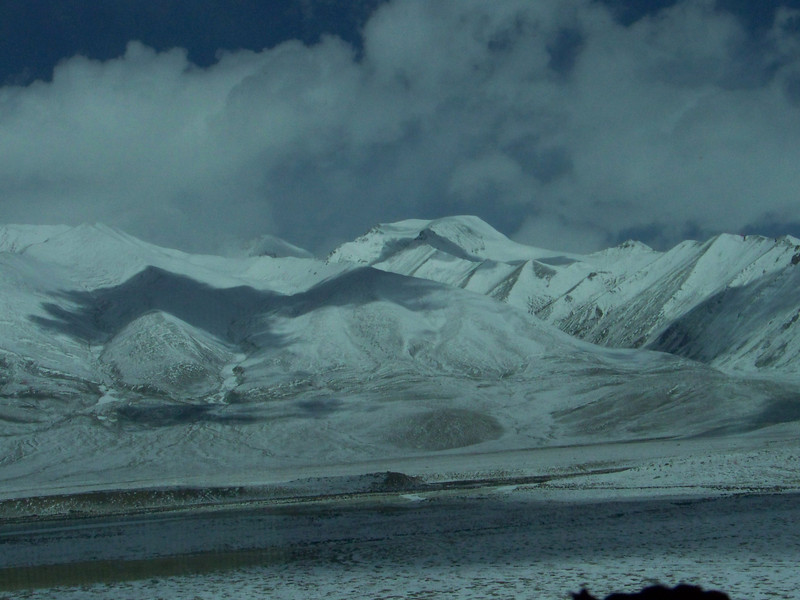 0114 - Scenery on Train Trip Between Beijing and Lhasa.JPG