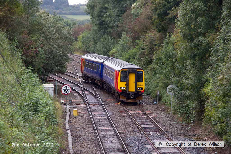 121002-001     East Midlands Trains class 156 unit no. 156498 is seen passing Kirkby Lane End Junction, on the Robin Hood Line, forming 2W06, the 09.25 Nottingham - Worksop service.
