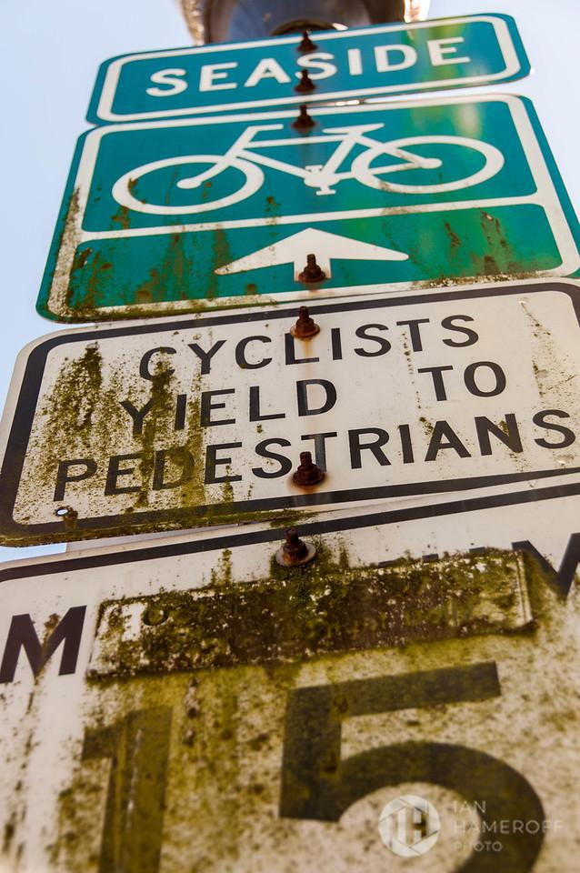 Seaside Cyclists Yield