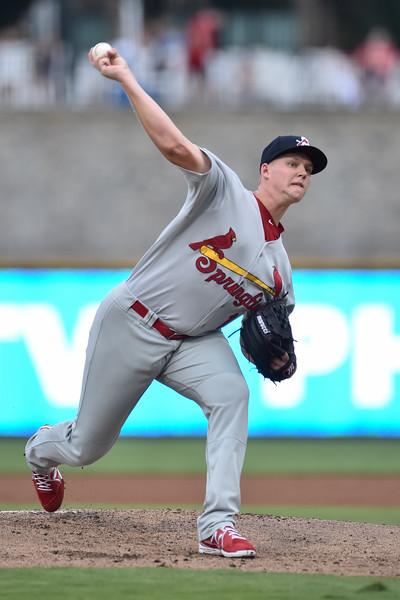 Springfield Cardinals pitcher Matt Pearce (16)