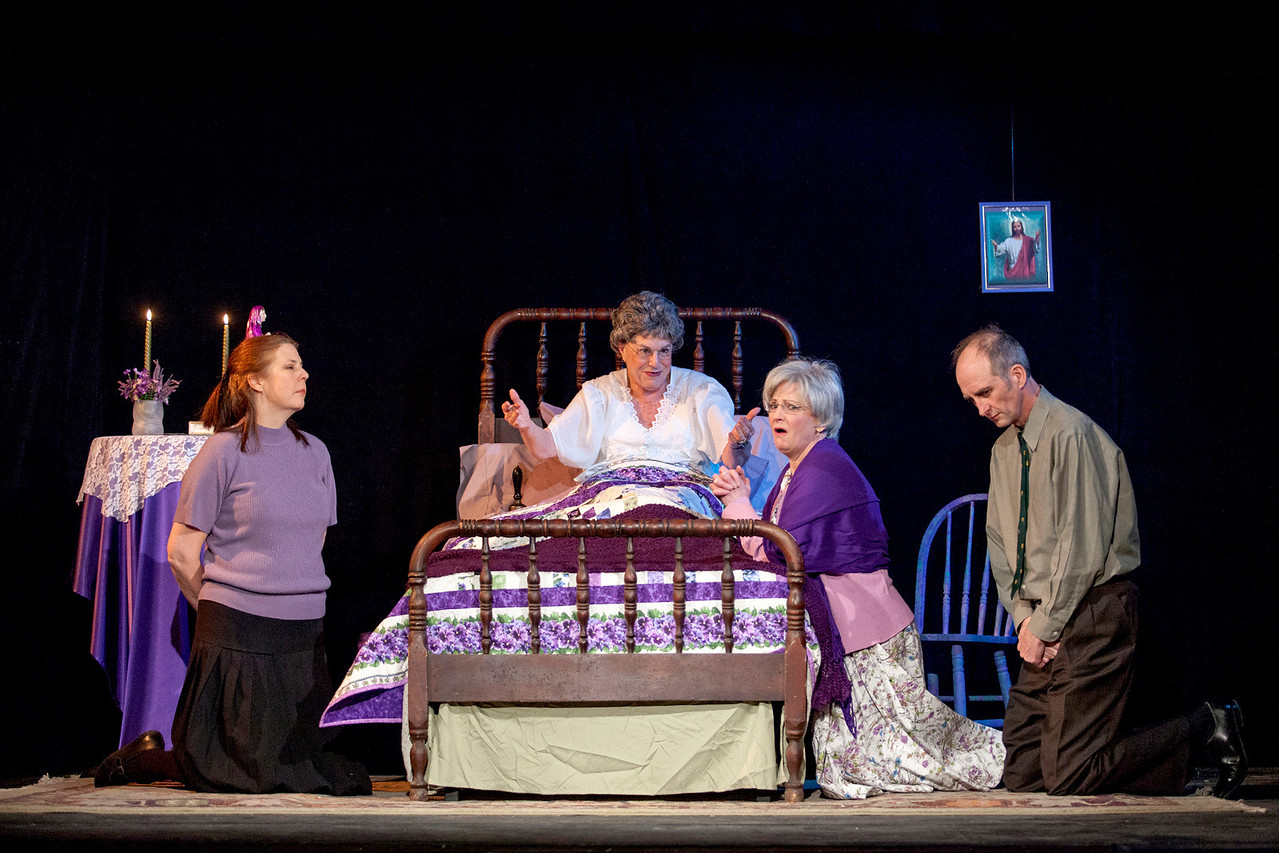"""L-R: Theresa Masters as Hannah Wilson-Tracey, Suzanne Greenwald as Mrs. Wilson, Liz Hopefl as Cissy Cassidy, Colin Nichols as Andy Tracey in """"Losers"""""""