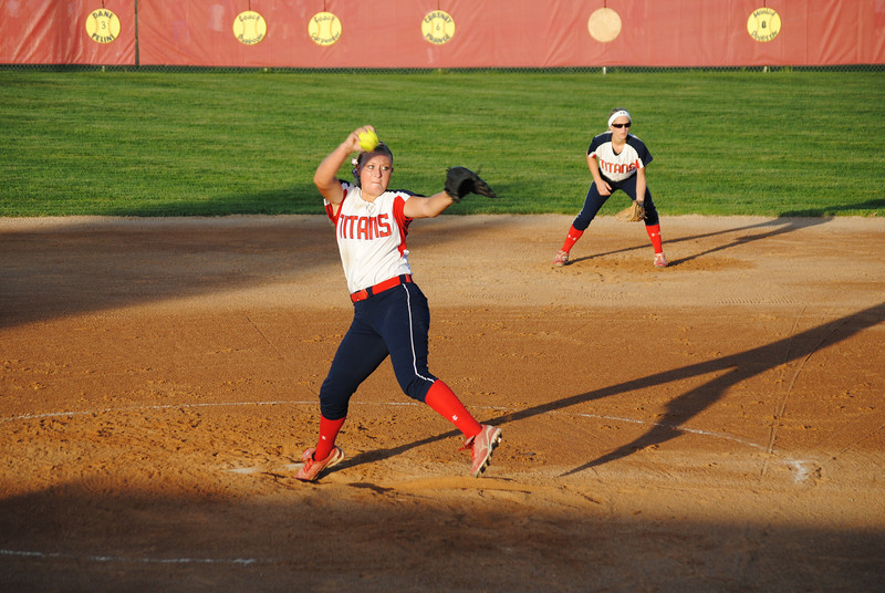 Michaela Woodward Pitching