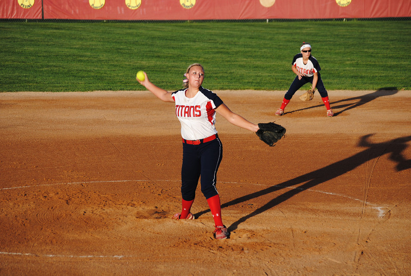 Michaela Woodward Pitching (2)