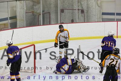 Hutch Boys Hockey vs Chaska