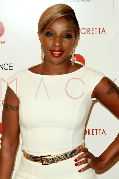 """NEW YORK, NY - JANUARY 28:  Mary J. Blige attends the """"Betty & Coretta"""" premiere at Tribeca Cinemas on January 28, 2013 in New York City.  (Photo by Steve Mack/S.D. Mack Pictures)"""