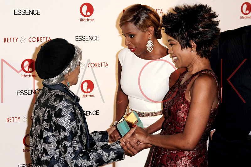 "NEW YORK, NY - JANUARY 28:  Ruby Dee, Mary J. Blige and Angela Bassett attend the ""Betty & Coretta"" premiere at Tribeca Cinemas on January 28, 2013 in New York City.  (Photo by Steve Mack/S.D. Mack Pictures)"