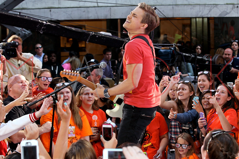 171178479SM010_Hunter_Hayes