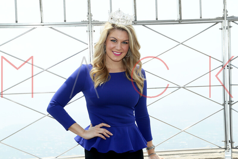 169721757SM007_Miss_America