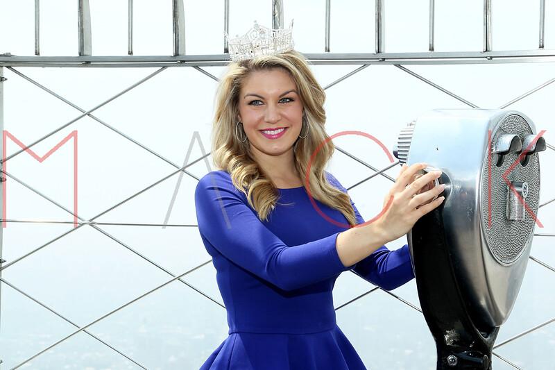 169721757SM004_Miss_America