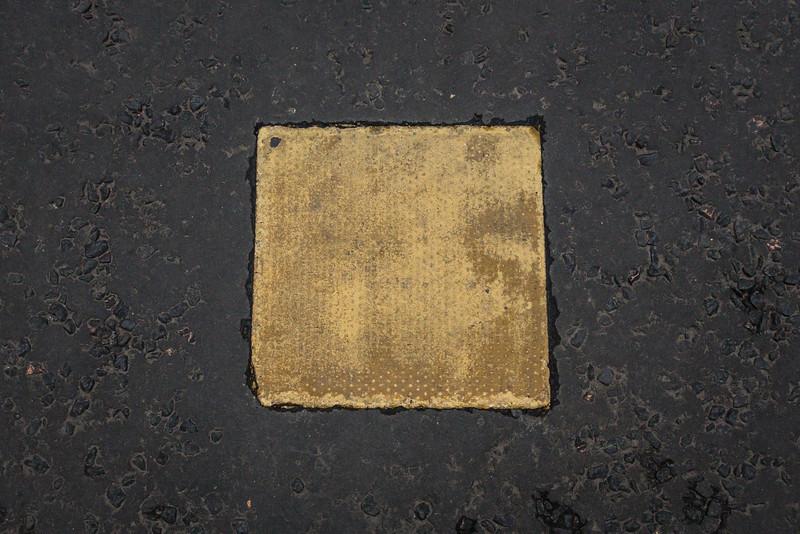 John Knox Burial Site in Parking Lot