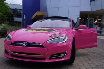 2013.04.04 Batman Tesla