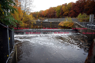 11/1/2013 Mike Orazzi | Staff The Bristol brass dam at the junction of Routes 72 and 229 along the Pequabuck River.