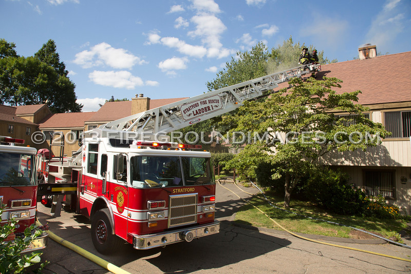 Niantic Lane Fire (Stratford, CT) 8/15/13 - firegroundimages