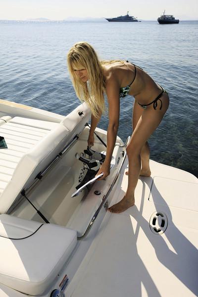Sea Ray 240 Sun Sport (2013)