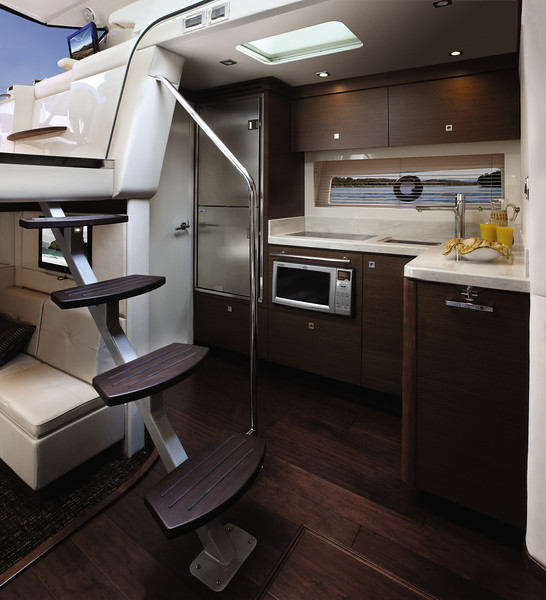Sea Ray 410 Sundancer (2013)