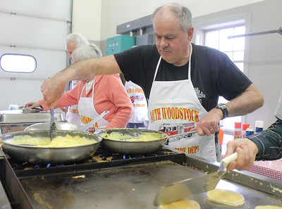 IMG_2379 gordon holmes makes scrambled eggs