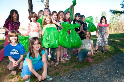 Hartland Girl Scouts Green Up