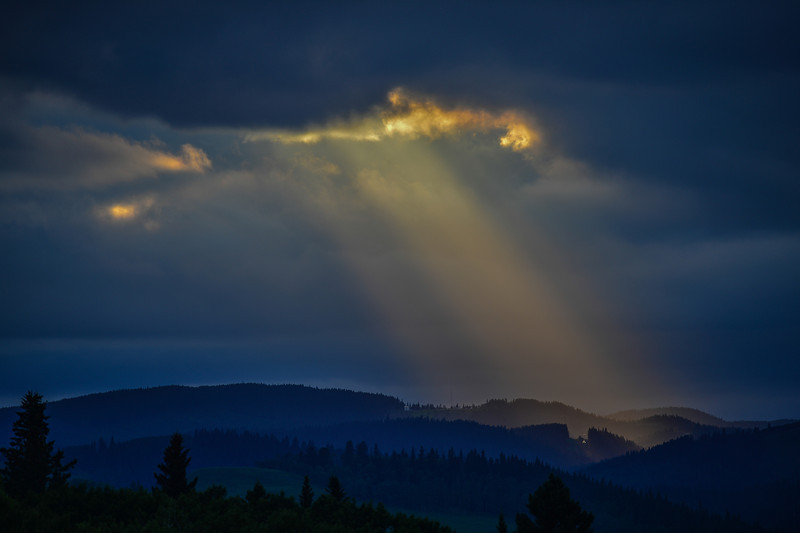 some strong God Rays in this storm the other night....it was the only hole in the dark clouds