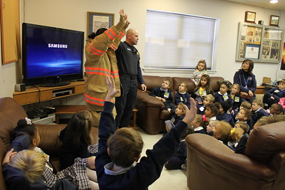 2013-11-08 Kindergarten Field Trip Fire House