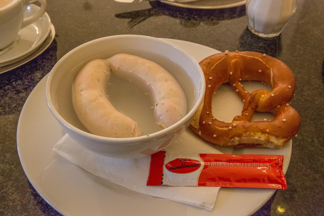 Wurst & pretzel