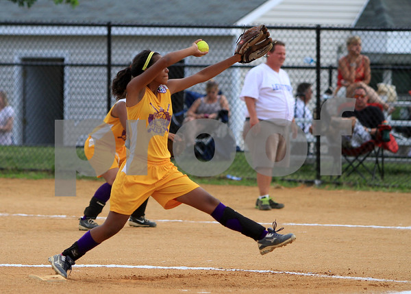Levittown, PA vs Kingsbridge City Divas Girls Softball Tournament