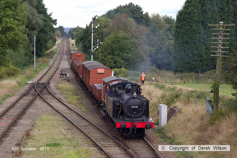 131005-031     LMS 3F (jinty) 0-6-0T no 47406 is seen passing Quorn with a Loughborough to Rothley Brook demonstration freight.