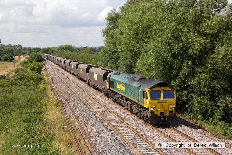 130726-023     Freightliner class 66/5 no 66546 is seen approaching Willington, powering train 4E42, 09.29 Rugeley power station to Immingham Import Terminal, empty coal hoppers.