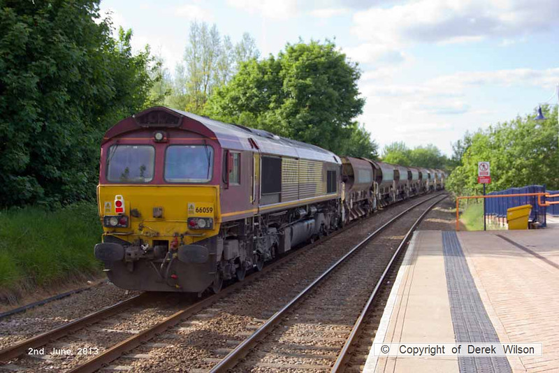 130602-016     DB Schenker class 66/0 no. 66059 is seen passing through Mansfield Woodhouse, at the rear of engineers train 6B18, 1633 Toton North Yard to Kirkby Lane End Jn.