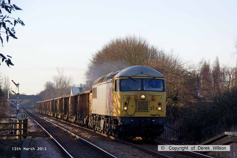 130313-004     BARS class 56 no. 56311 roars through Creswell , on the Robin Hood Line, powering train 6Z22, 0700 Thoresby Colliery to York Holgate Sidings, the return empties from Butterwell.